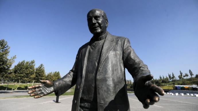 El gobierno chileno decidió retirar la estatua erigida en su día en honor de este religioso