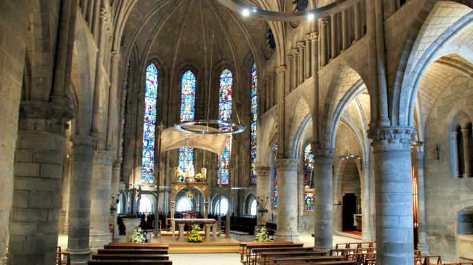 La Basílica de Roncesvalles celebra su octavo centenario