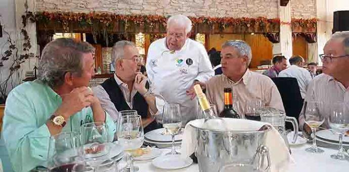 """La comida, en el restaurante """"Las Eras"""", dirigido por el chef Antonio Gázquez"""