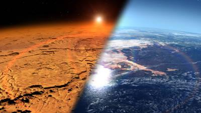 Ilustración del frío y seco ambiente actual en Marte (izquierda) y el que pudo tener en el pasado, con grandes masas de agua líquida y una atmósfera más gruesa