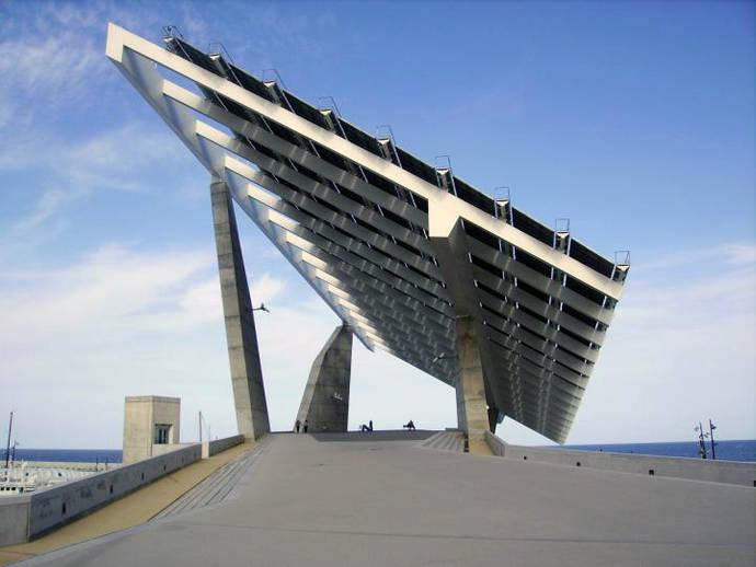 El ayuntamiento de Barcelona crea Barcelona Energía, una comercializadora de energía eléctrica pública