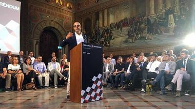 Los alcaldes independentistas se comprometen a ceder locales al Govern para el referéndum