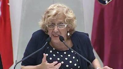 Carmena replica al PP que hay que ganar elecciones 'sin cohecho, sin trampas, sin dinero que entra por donde no debe'