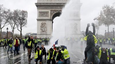 """¿Una insurrección postmoderna? Acerca de los """"gilets jaunes"""""""