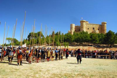Numeroso público asistió a las II Jornadas de Recreación Histórica en el Castillo de Belmonte (Cuenca)