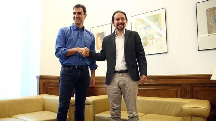 Pedro Sánchez y Pablo Iglesias impulsan una agenda paralela para