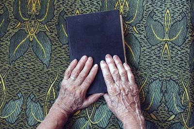 Hilda Llanos: Protección de derechos de los adultos mayores