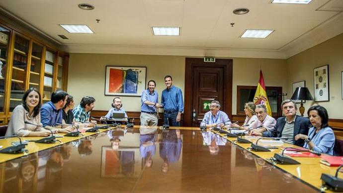 Primer roce entre PSOE y Unidos Podemos tras el acuerdo para estrechar su colaboración en el Congreso
