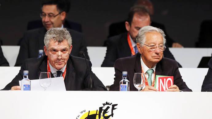 El clan de Villar mantiene el control de la Federación de Fútbol ante la amenaza de una intervención judicial