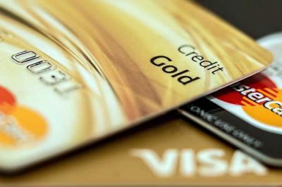 Santander elimina los números de tarjetas de crédito para evitar fraudes