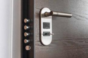 ¿Por qué instalar una puerta acorazada?