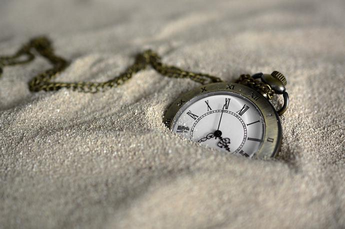 ¿Cómo pueden las empresas controlar con éxito los horarios de sus empleados?