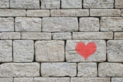 Cómo limpiar fachadas de piedra