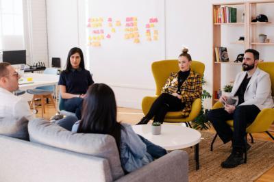 Servicios de community manager: una necesidad imprescindible para las empresas