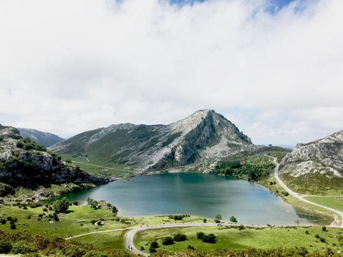 Cangas de Onís, de antigua capital del reino de Asturias a concejo más visitado