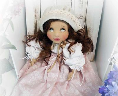 Muñecas de tela: el nuevo objeto de deseo de muchas mujeres