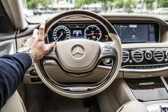 ¿Por qué comprar coches de alta gama de ocasión?