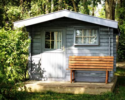 Elegir una casita de madera para el jardín