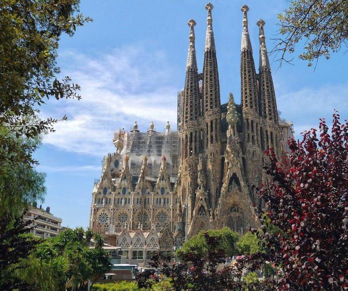 Barcelona es una de las ciudades más llamativas de España