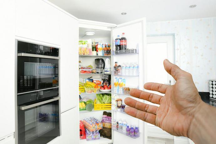 Elige un frigorífico que se adapte a tus necesidades y que no ocupe mucho espacio