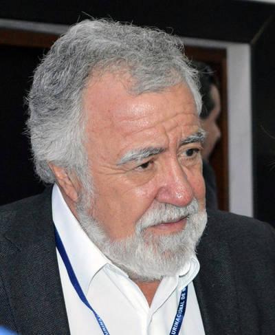 En la Conferencia #MundoSinMuros el Senador Encinas (MEX) señala el gran aporte de los inmigrantes a los países de destino