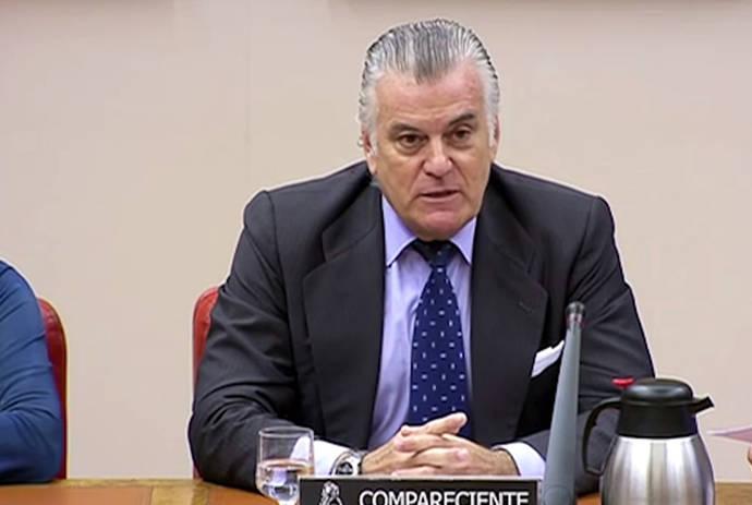 Bárcenas guarda silencio en el Congreso sobre la caja B del PP y se limita a justificar su fortuna