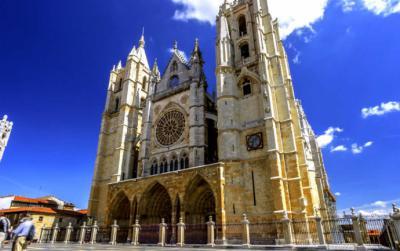 No acaban las obras en la catedral de León