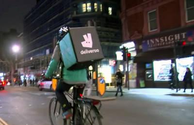 El caso Deliveroo o cómo los falsos autónomos son la cara precaria de lo que llaman emprendedores