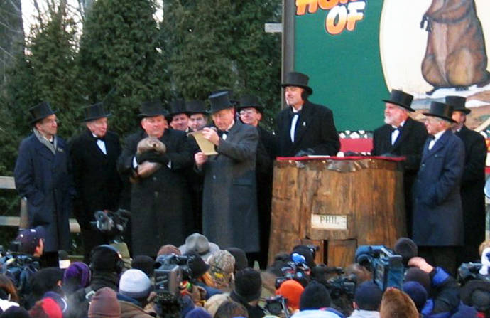 El día de la marmota en 2005. Esta fiesta sirvió de inspiración a la película hollywoodense en la que un día se repite eternamente
