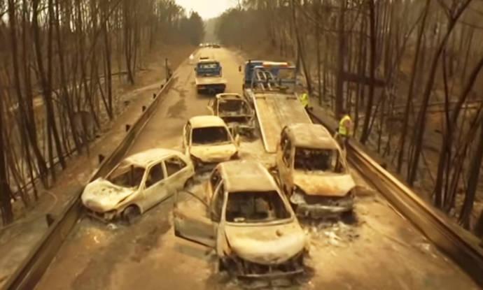 El incendio de Portugal mantiene cuatro frentes activos mientras se siguen buscando víctimas