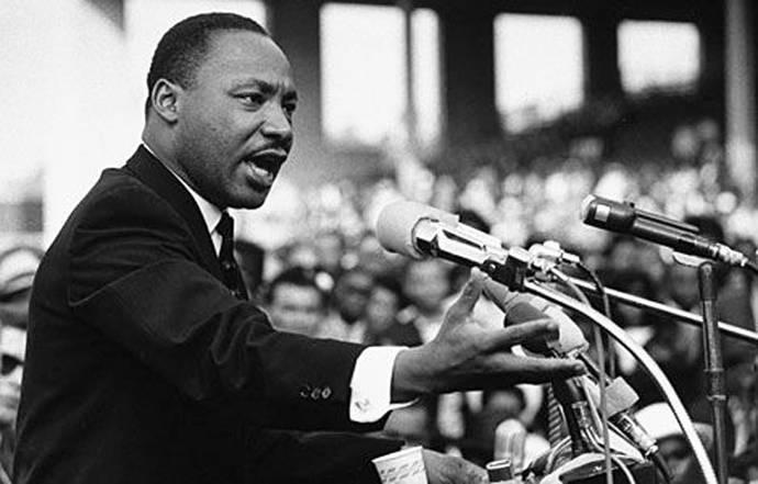 """""""Más allá de Vietnam"""": a 50 años, el discurso de Martin Luther King cobra nueva vigencia"""