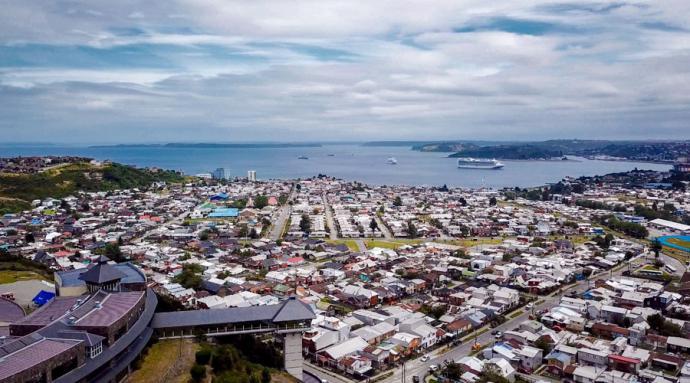 La bella ciudad  de Puerto Montt, en el sur de Chile...