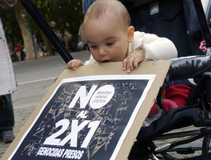 Protesta en Roma contra el 2 x 1
