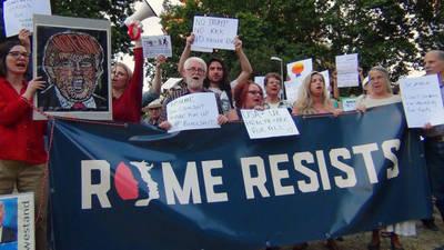 'Rome resists', la protesta anti Trump de los estadounidenses