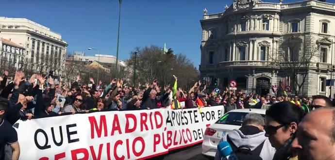 Protesta de taxistas en Madrid el martes 30 de mayo