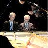 PIANO A 4 MANOS